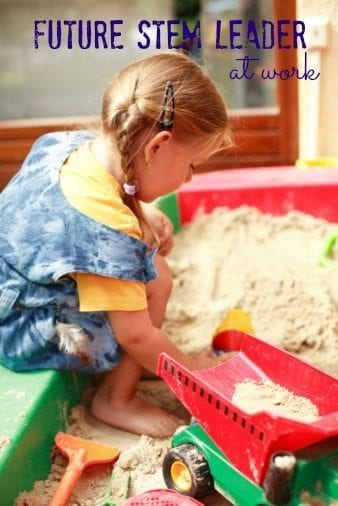 Early education STEM sand box learning